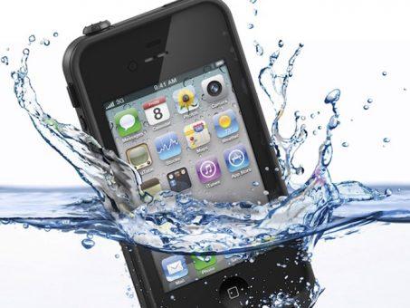 il mio telefonino è caduto in acqua